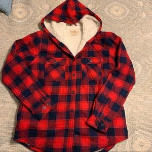Sherpa lined flannel. Very warm and soft!